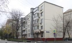 Москва, Большой Овчинниковский переулок, 12