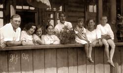 Первая табличка «Последнего адреса» в Краснодарском крае