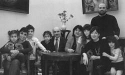 В музее-квартире поэта Тициана Табидзе в Тбилиси появится табличка «Последнего адреса»
