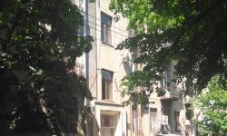 Тбилиси, улица Нико Николадзе, 7 (бывшая улица 8 Марта)